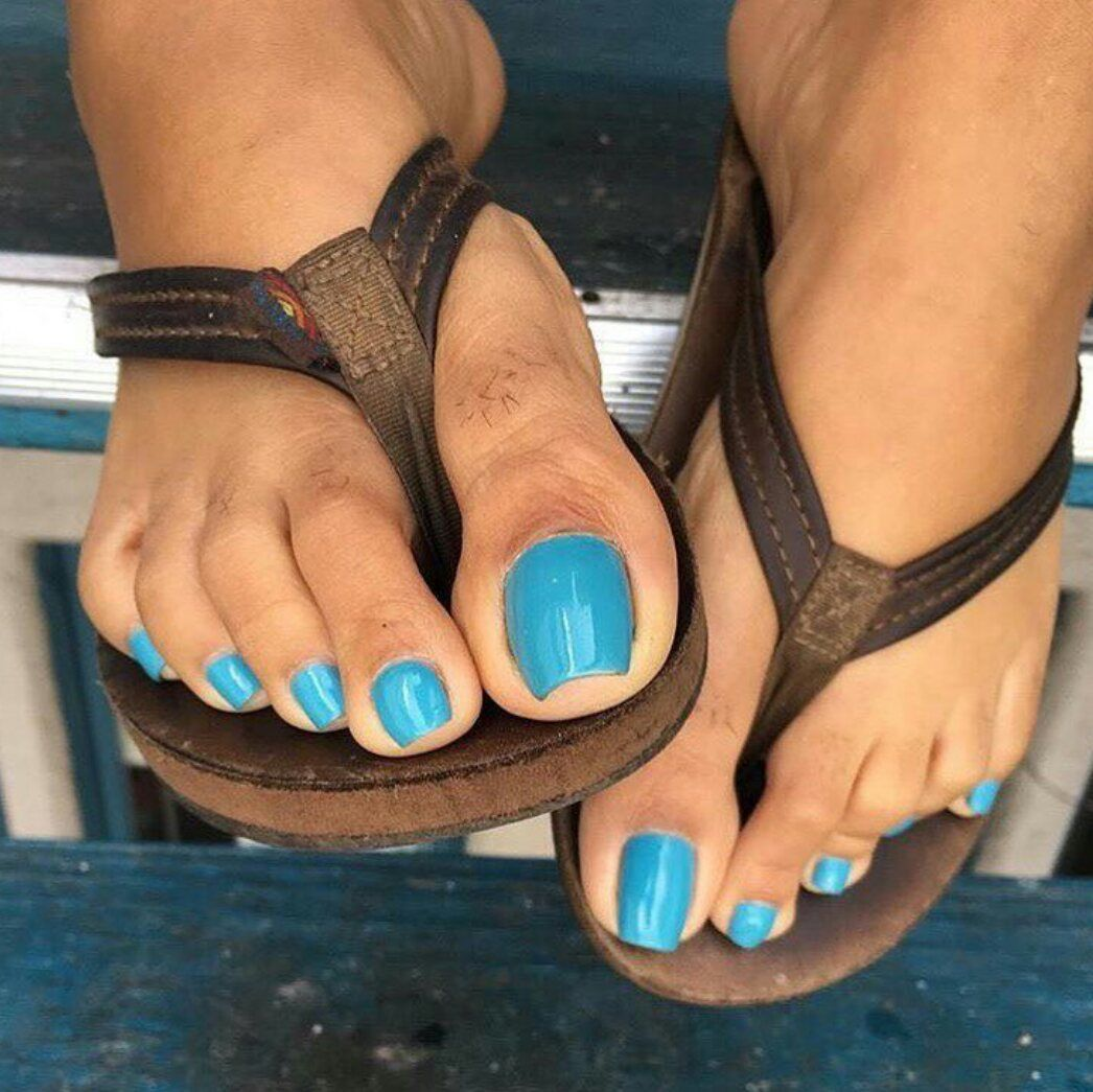 Ebony pedicure
