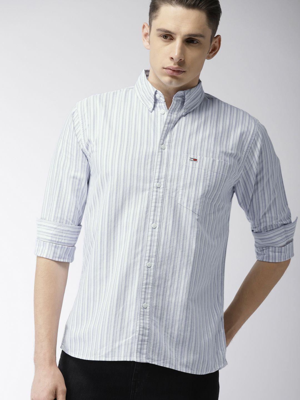 Tommy Hilfiger Men White Blue Regular Fit Striped Casual Shirt