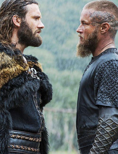 Rollo Ragnar In Vikings Vikings In 2019