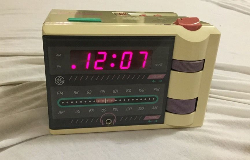 Vintage 1980's Retro General Electric GE P'Jammer Alarm AM