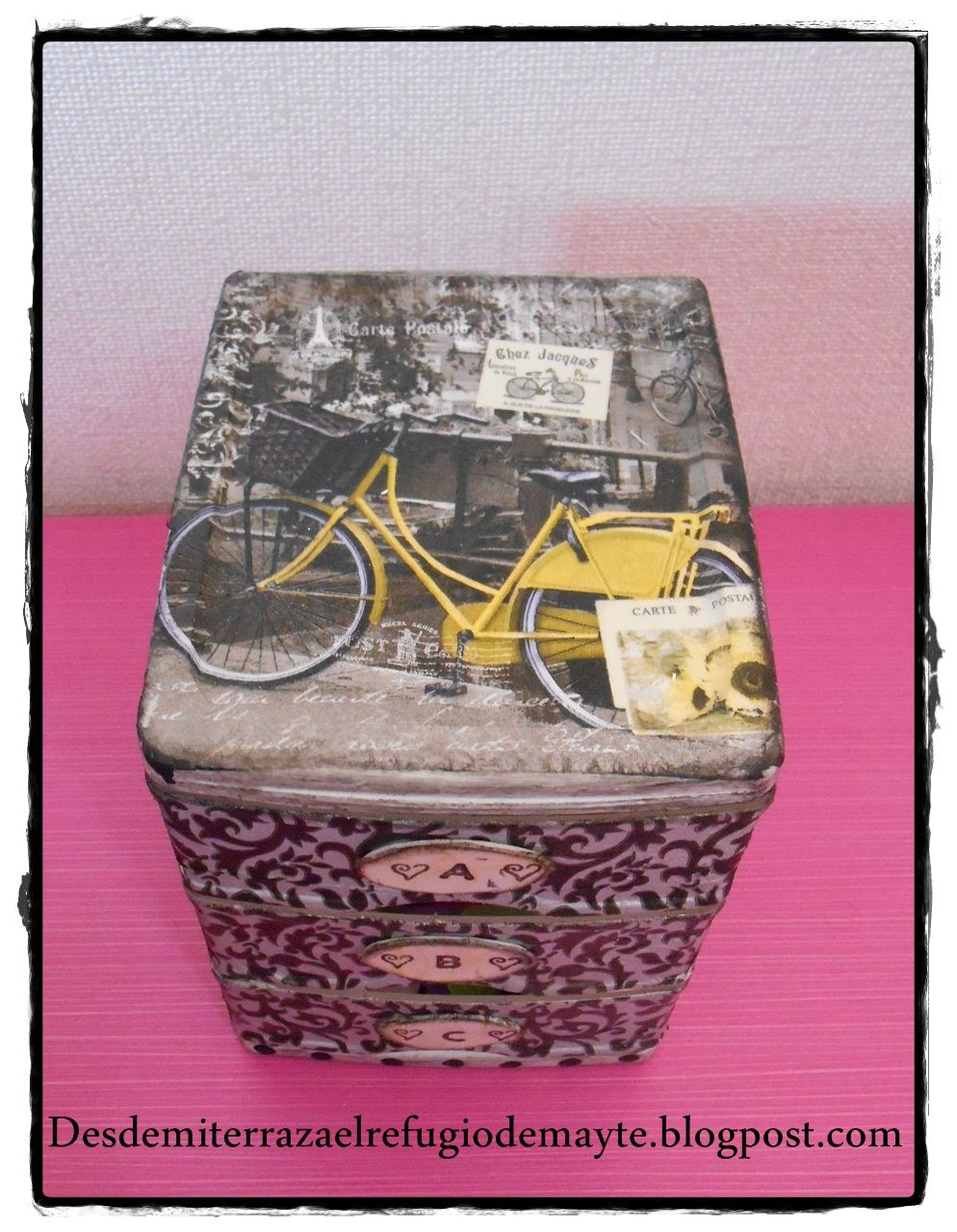 Caja de plastico decorada con servilletas cajoneras y - Cajoneras decoradas ...