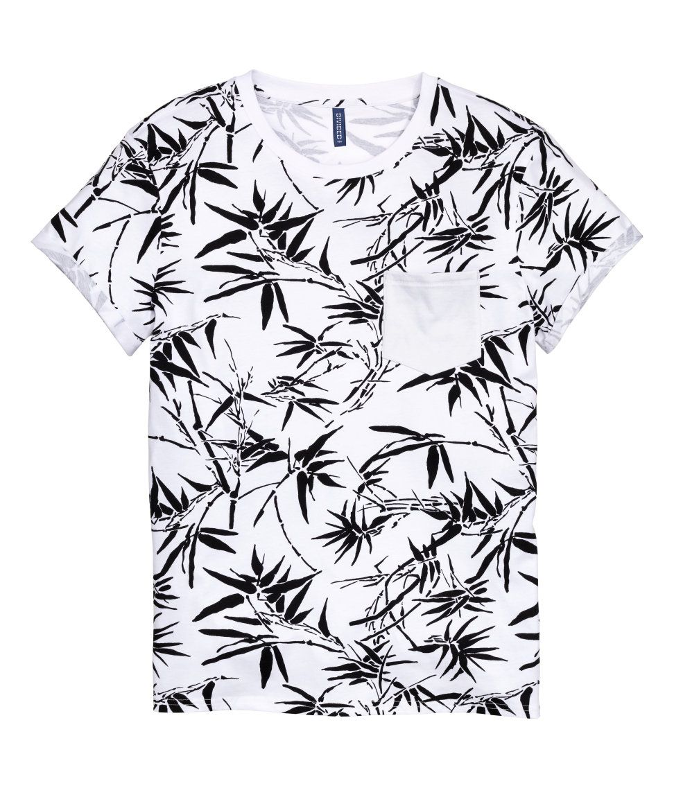 T-shirt with Chest Pocket   H M Divided Guys   H M MAN DIVIDED ... 96d413c5595d