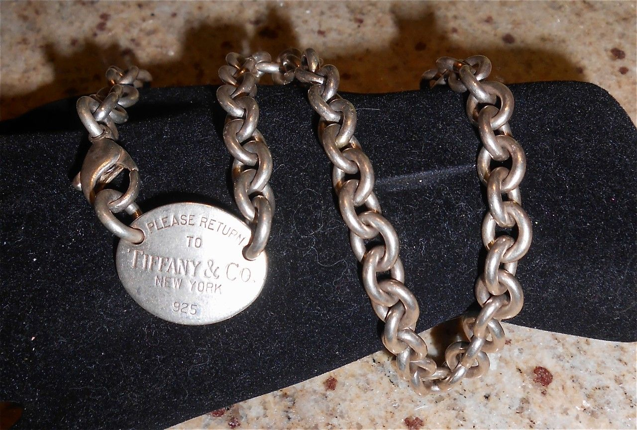 Auth Tiffany & Co. Return to Tiffany Oval Tag Necklace Sterling Silver