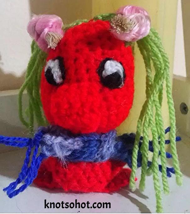 Penguin crochet hook holder | Crochet patterns | Pinterest | Crochet ...