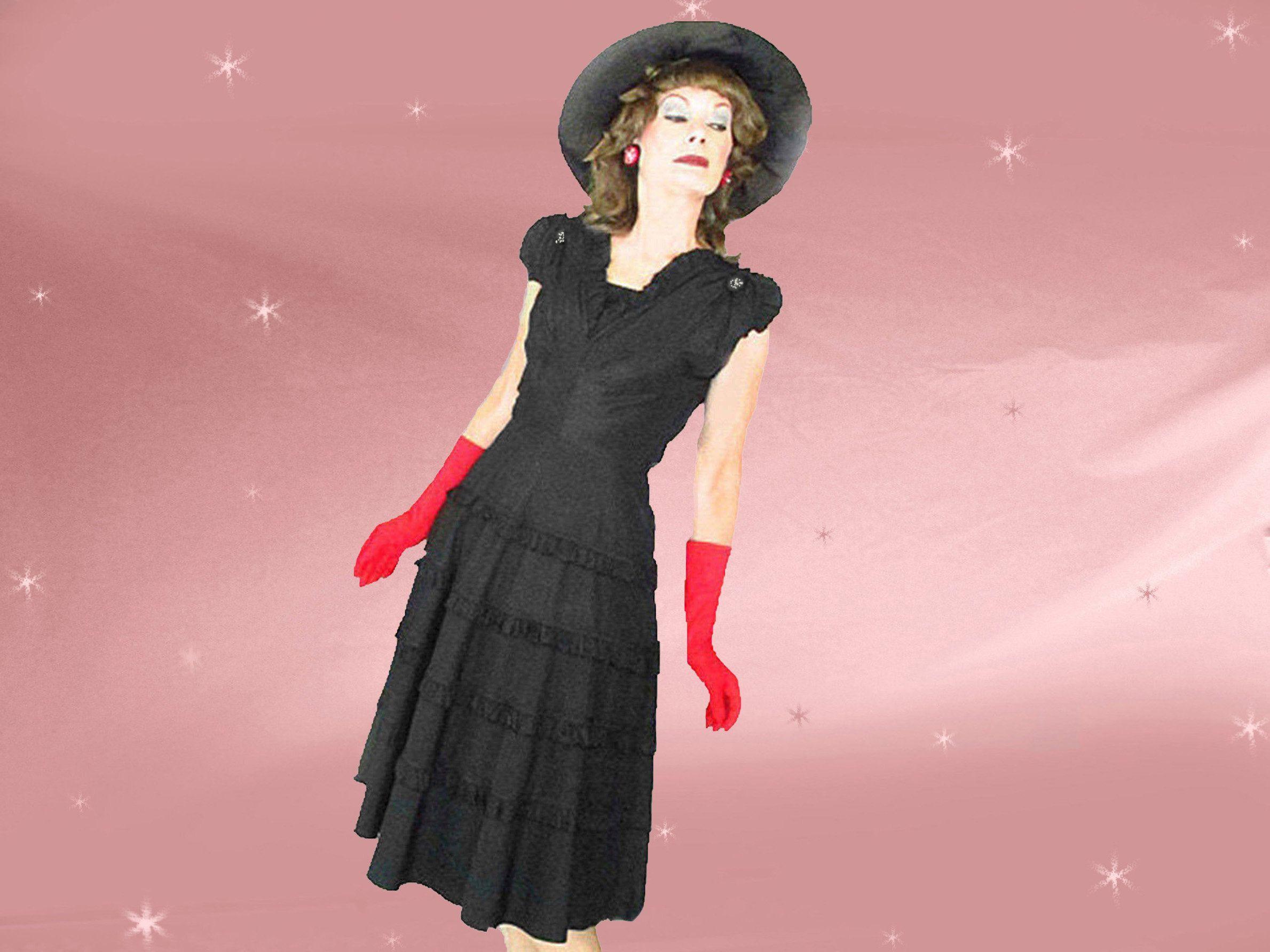 1940s Black Taffeta Dress Large Volup Size Big Skirt 40s Etsy Black Taffeta Dress Taffeta Dress Big Skirts [ 1784 x 2379 Pixel ]