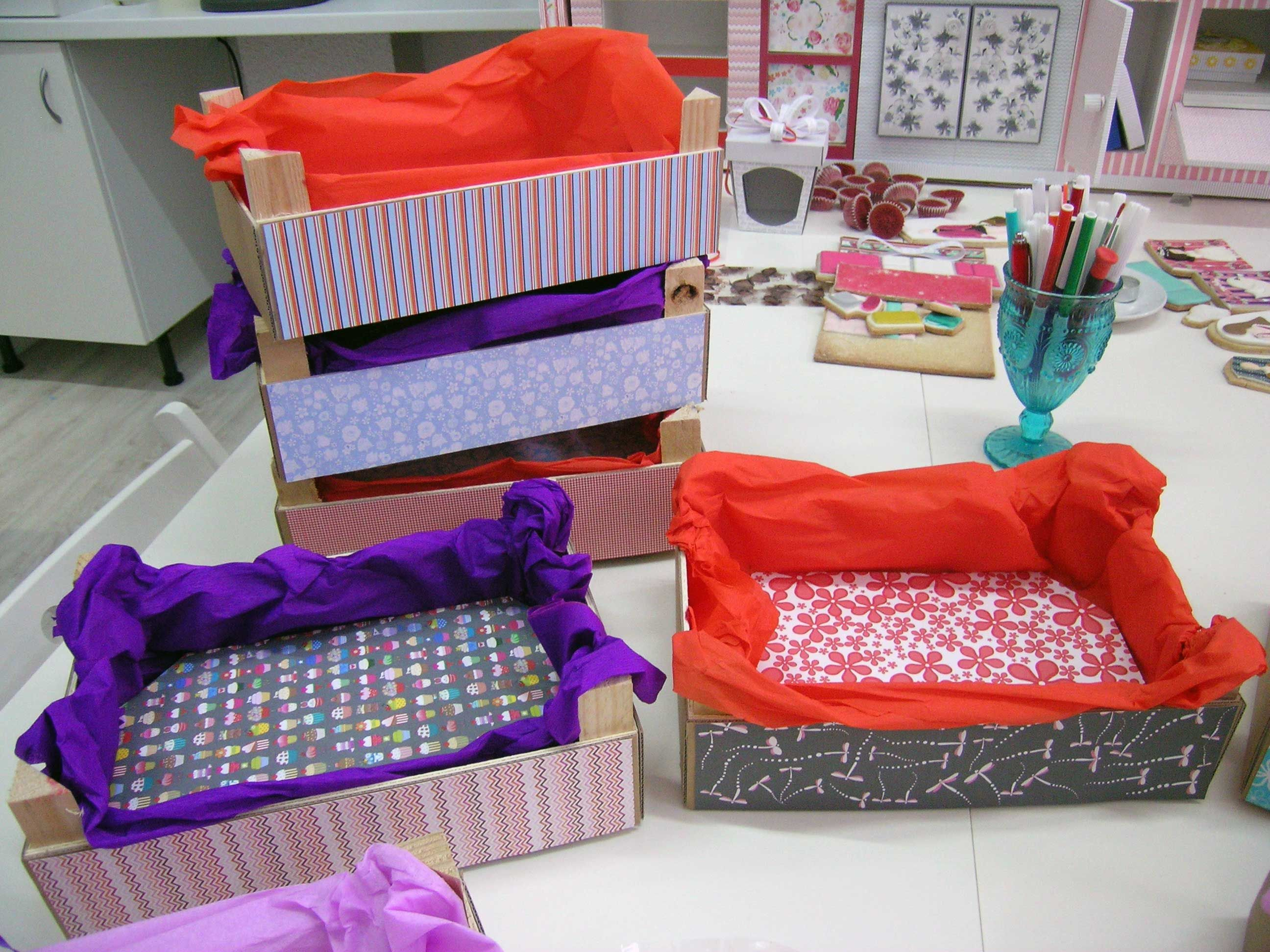 Cajas de fresas decoradas cerca amb google caixes - Cajas de fresas decoradas paso a paso ...