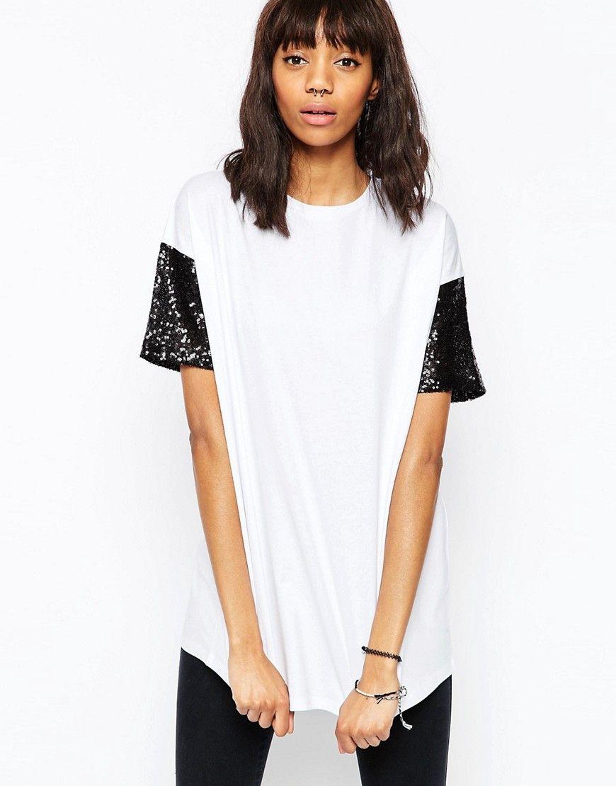 Camiseta con manga de lentejuelas de ASOS. Camiseta de ASOS