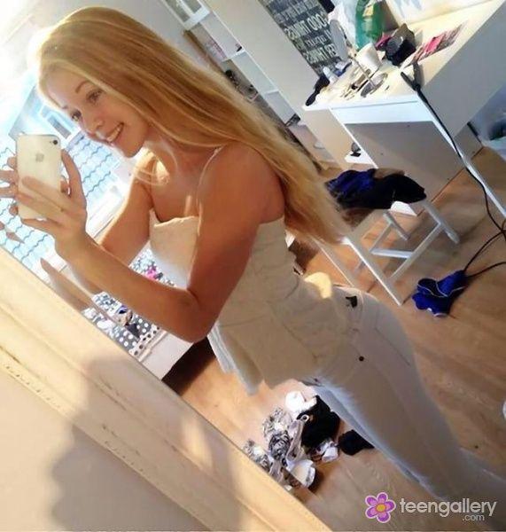 young girls Skinny mirror teen