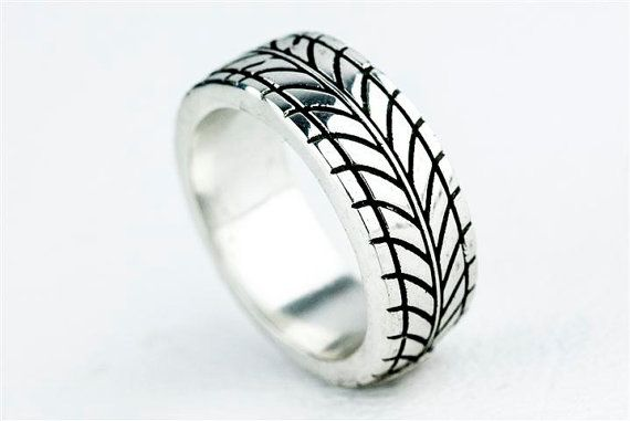 Car Tire Tread Ring Wedding Band Ring By Rockmyworldinc On Etsy 275 00 Aneis