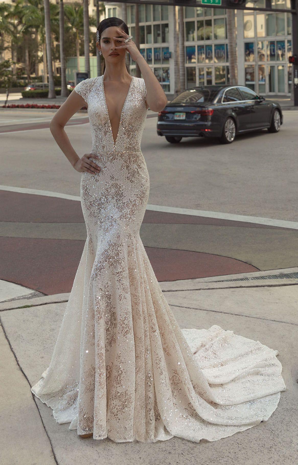 Wona Concept OLIVIA wedding dress. Wedding dresses