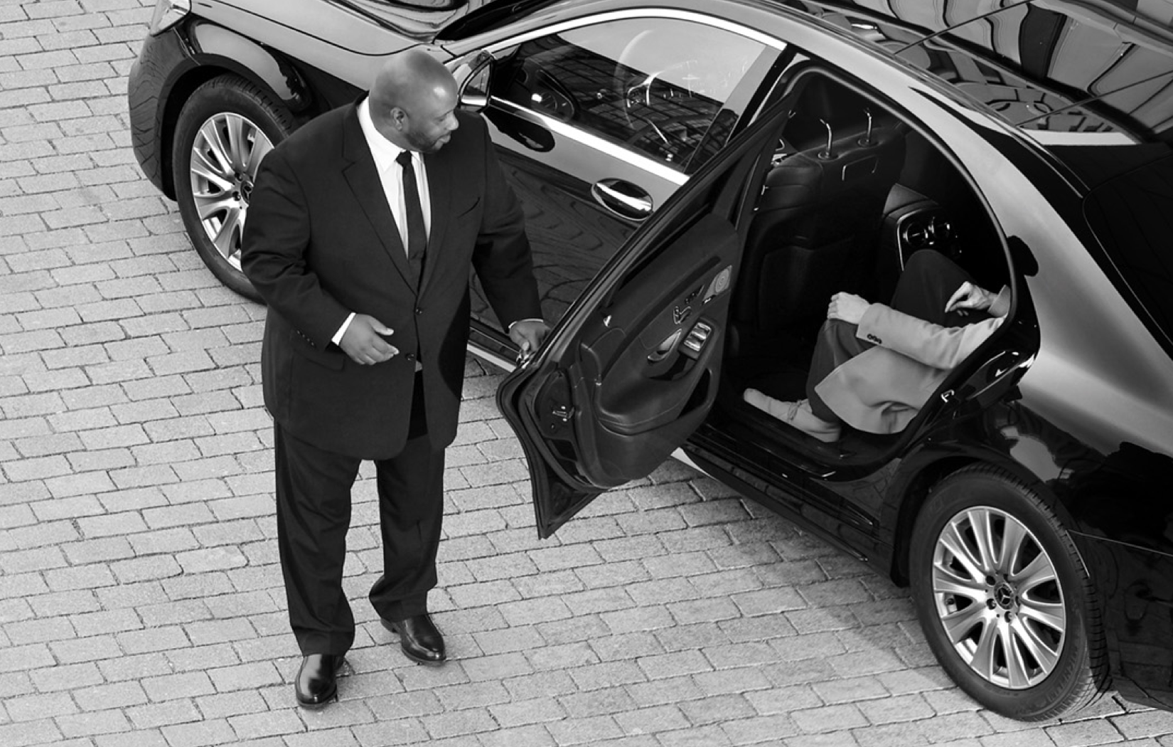 Hourly Cheap Limo Car Rentals Service In Boston Limo Airport Transportation Limousine