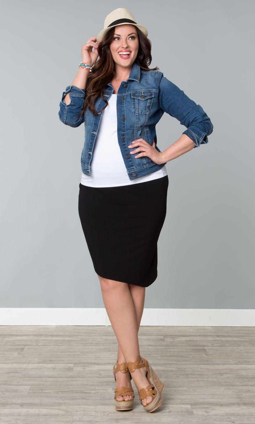 jupe crayon top blanc un peu long veste en jean. Black Bedroom Furniture Sets. Home Design Ideas