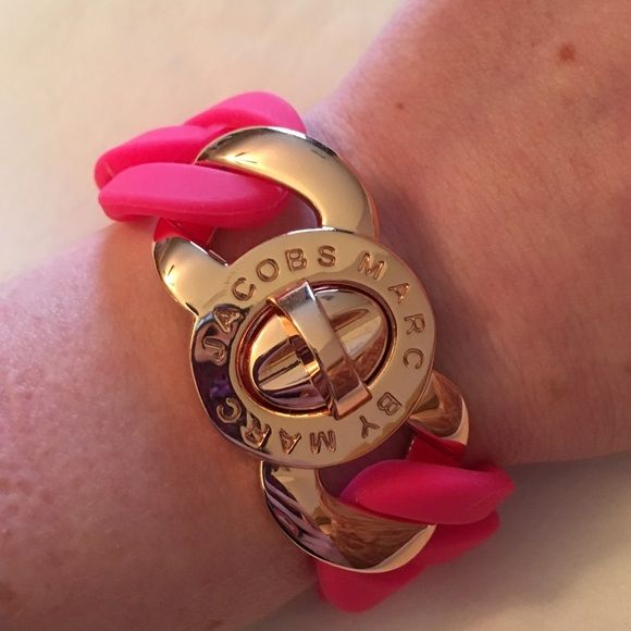 Pink Marc Jacobs Bracelet Pink and rose gold turn lock bracelet