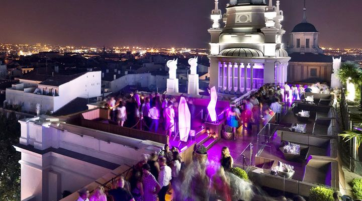 10 Best Rooftop Bars In Europe Best Rooftop Bars Rooftop Bar Rooftop