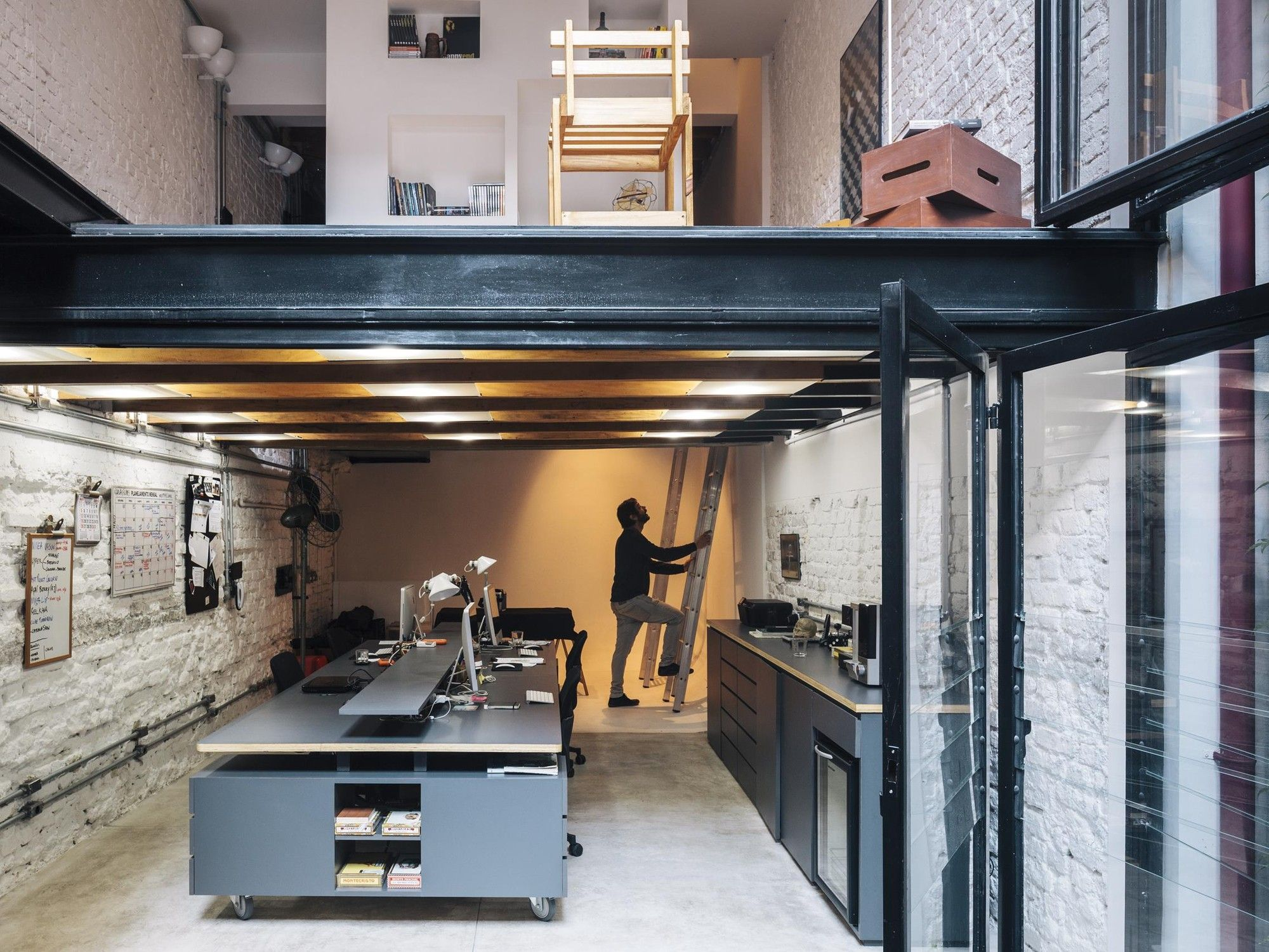 Best Gallery Of Produtora Kana Ar Arquitetos 4 Workspace 400 x 300