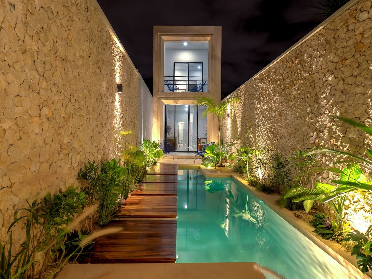 Casa Picasso Gorgeous Home Top Location Houses For Rent In Centro Yucatán Mexico Luxury Pool House Pool House Designs Small Backyard Pools