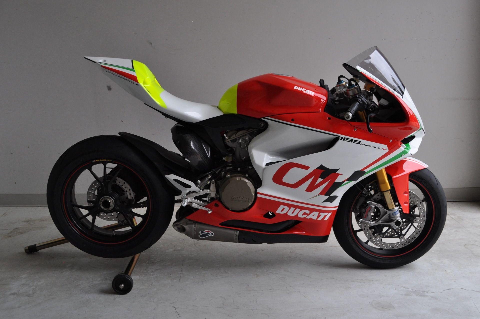 Ducati 1198s Racing Sport Bike: Ducati 1199 Panigale RS