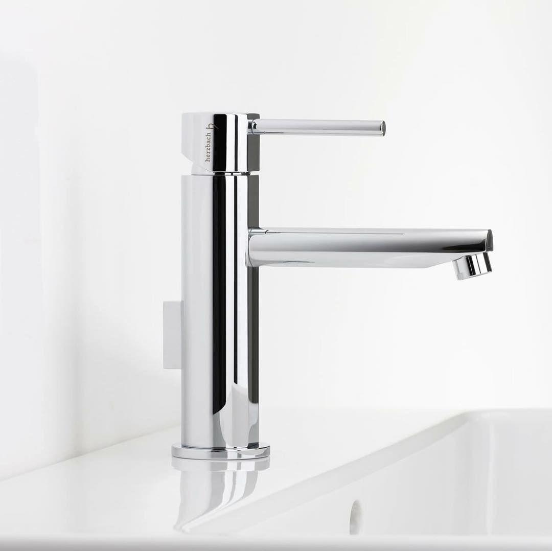 Nano Die Asthetik Der Klarheit Die Konsequenten Reduktion Auf Perfekte Proportionen Und Eine Zutiefst Modernistische Formsprache Verl Home Decor Decor Sink