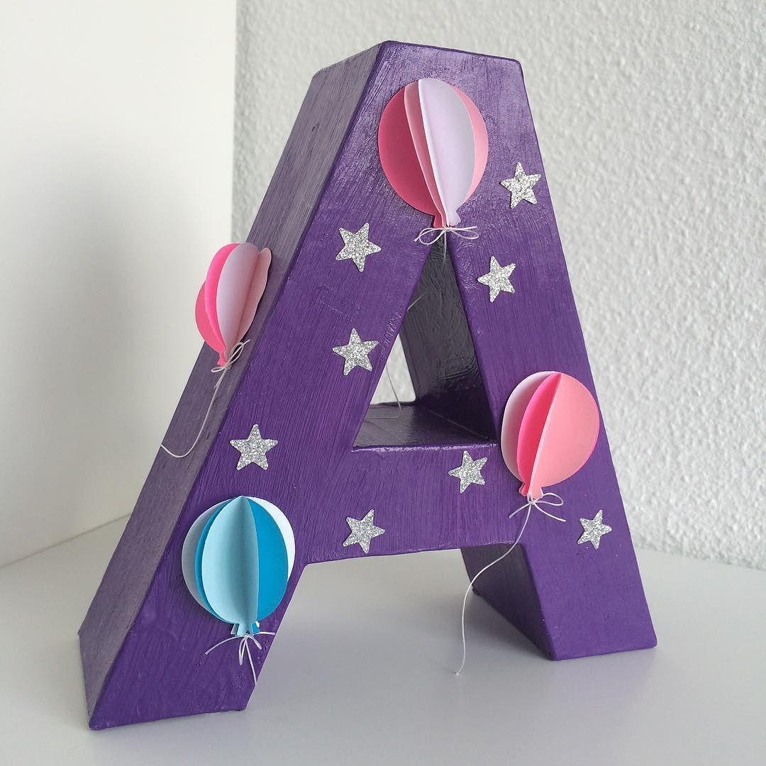 Og et til lille A #børneværelse #grenediy #pandurohobby #krea #indretning #diy #balloons #balloner #glimmer by fruenpaflakholmen