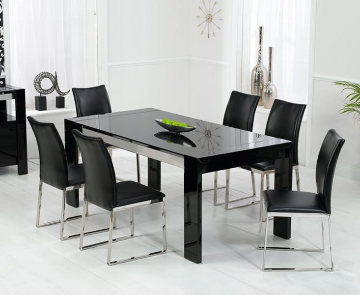 Enchanting Black high gloss dining table and chairs dining table