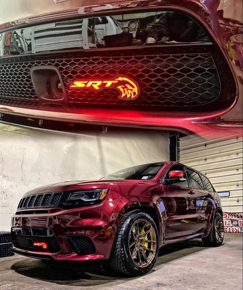 Jeep Trackhawk Illuminated Hellhawk Badge In 2020 Jeep Grand