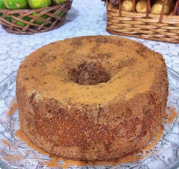 Que tal aprender a fazer uma receita de bolo integral de maçã e nozes? Esta receita é simplesmente maravilhosa e vale a pena experimentar.