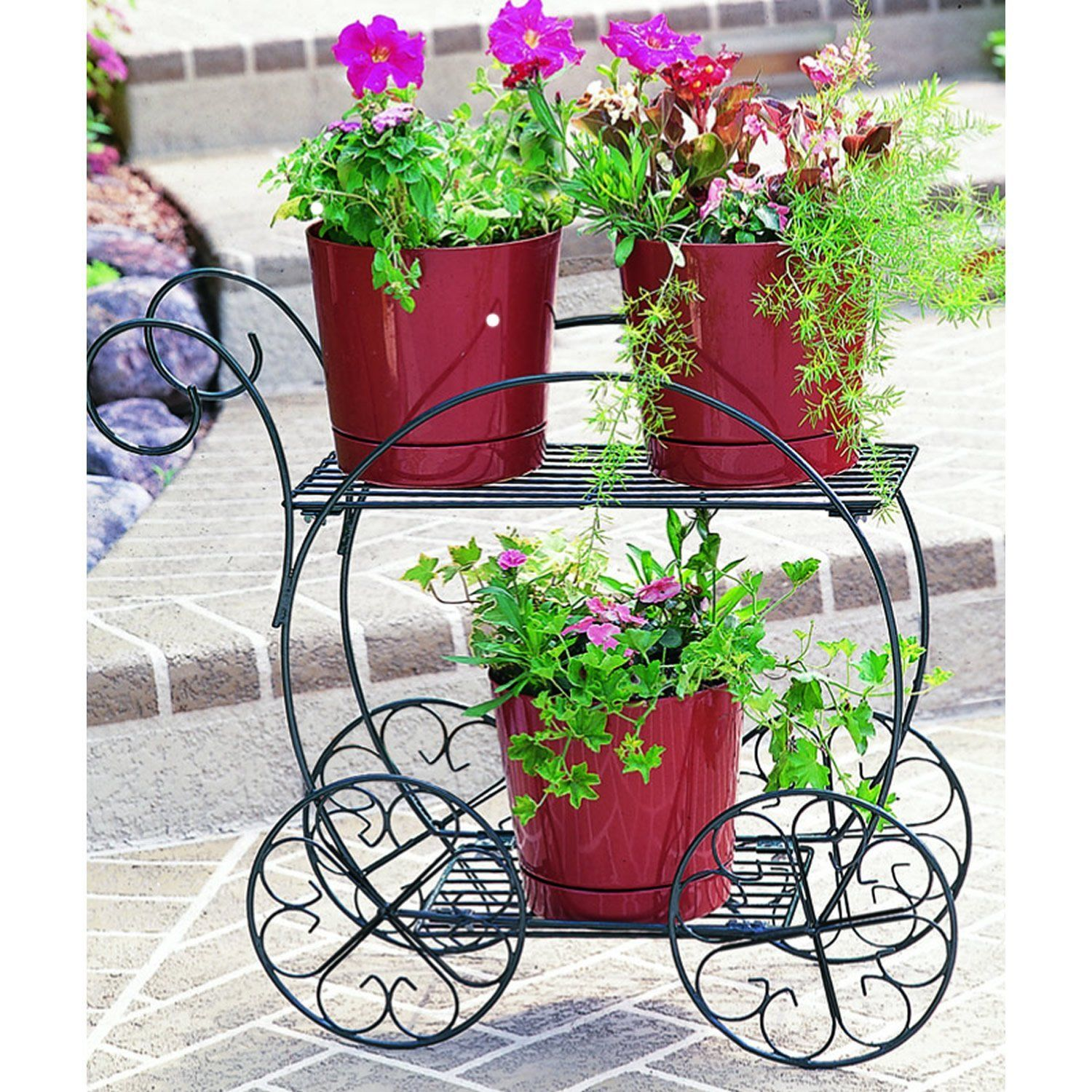 Finished in deep hunter green Durable and rust-resistant The garden ...