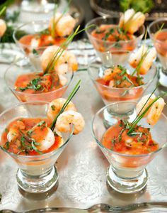 serve these shrimp and grits appetizers at your wedding