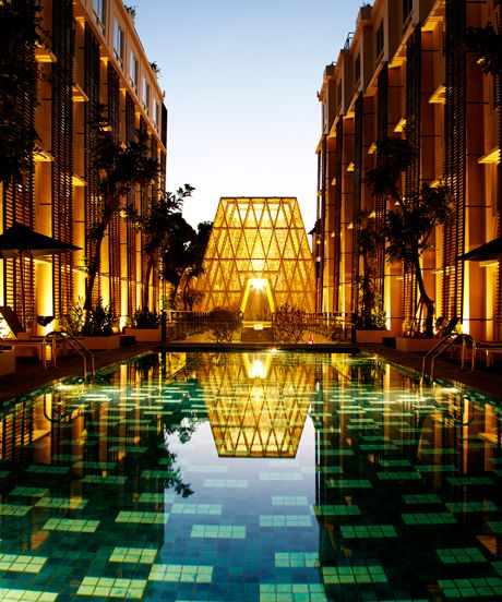 These amazing hotels cost less than 100 per night luxury for Luxury hotel for less