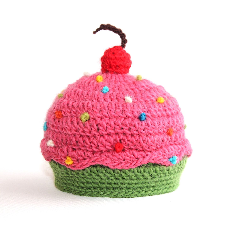 SWEET CUPCAKE baby HAT - size newborn to 3 months - wool - photo prop. $22.00, via Etsy.