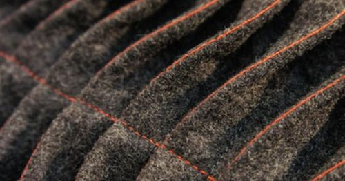 Just Pinned to .PLEATS.: Tuck & Fold - fabric manipulation sample with contrasting stitch detail; textured wave patterns with fabric; creative sewing techniques #textiles http://ift.tt/2gunUAZ