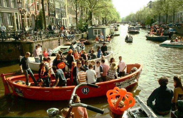 El último Día de la Reina en Ámsterdam.