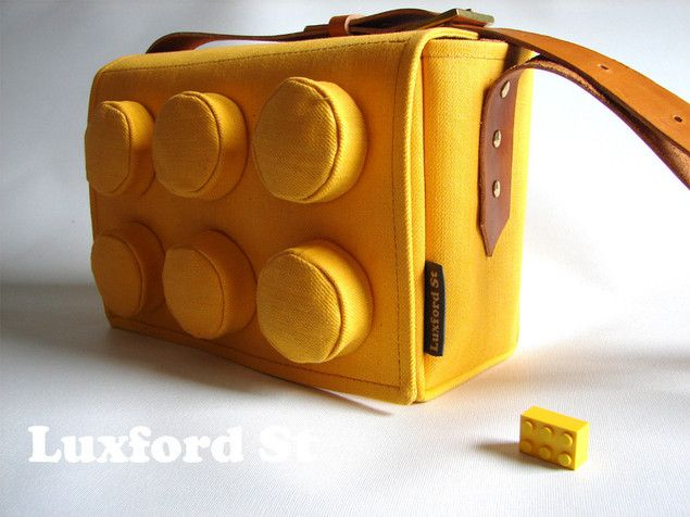 Awesome: Giant Lego Block bag, the fashion of childhood dreams.