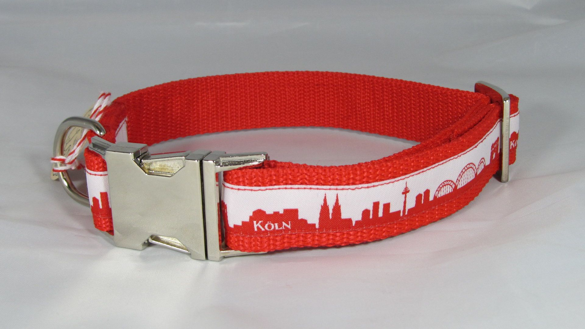 Hundehalsband Skyline Koln Verstellbar Verschiedene Farben Verschiedene Breiten Kunststoff Oder Aluschliesser Wahlweise Mit Neopr Halsband Hunde Hundehalsband