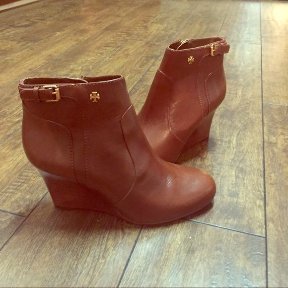 Tory Burch Tan Leather Milan Ankle Boots Tory Burch Tan/Beige Milan Booties Brand New and Never Worn- Perfect Condition-No tags Tory Burch Shoes Ankle Boots & Booties