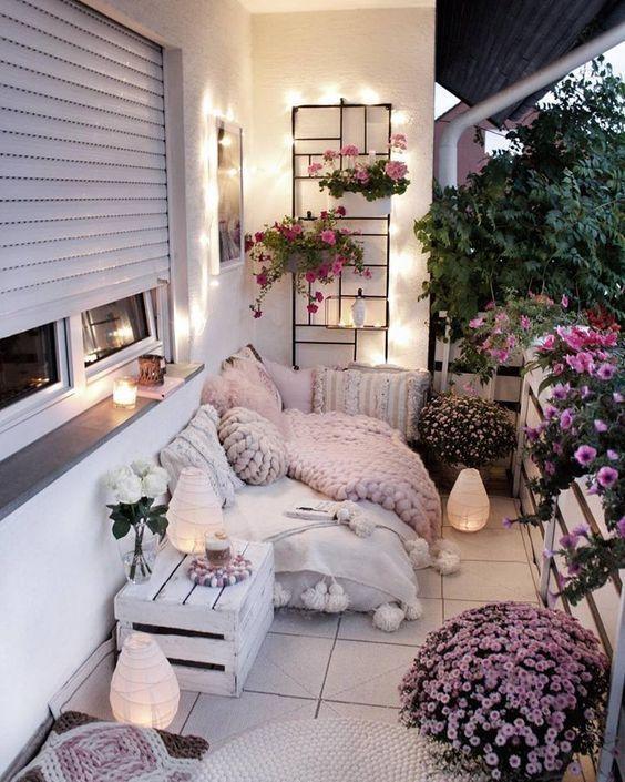 30 kleine gemütliche Balkongartenideen, nach denen Sie suchen sollten – Balkon - Decorating Ideas #thanksgivingdecorations