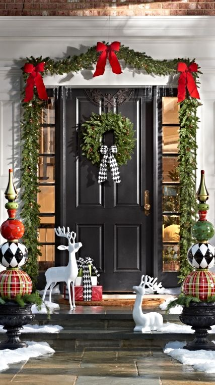 Wrapping Your Home Up For The Holidays In The Classic Look Of Evergr Classic Christmas Decorations Christmas Door Decorations Front Door Christmas Decorations