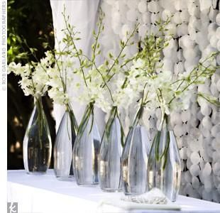 Simple Yet Elegant Centerpieces Tall Skinny Vase Or Even Old Wine Bottles With Simple Wedding Centerpieces Cheap Wedding Centerpieces Ceremony Decorations