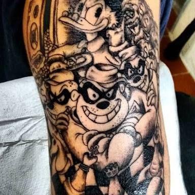 Resultado De Imagem Para Tatuagem De Tio Patinhas No Braço