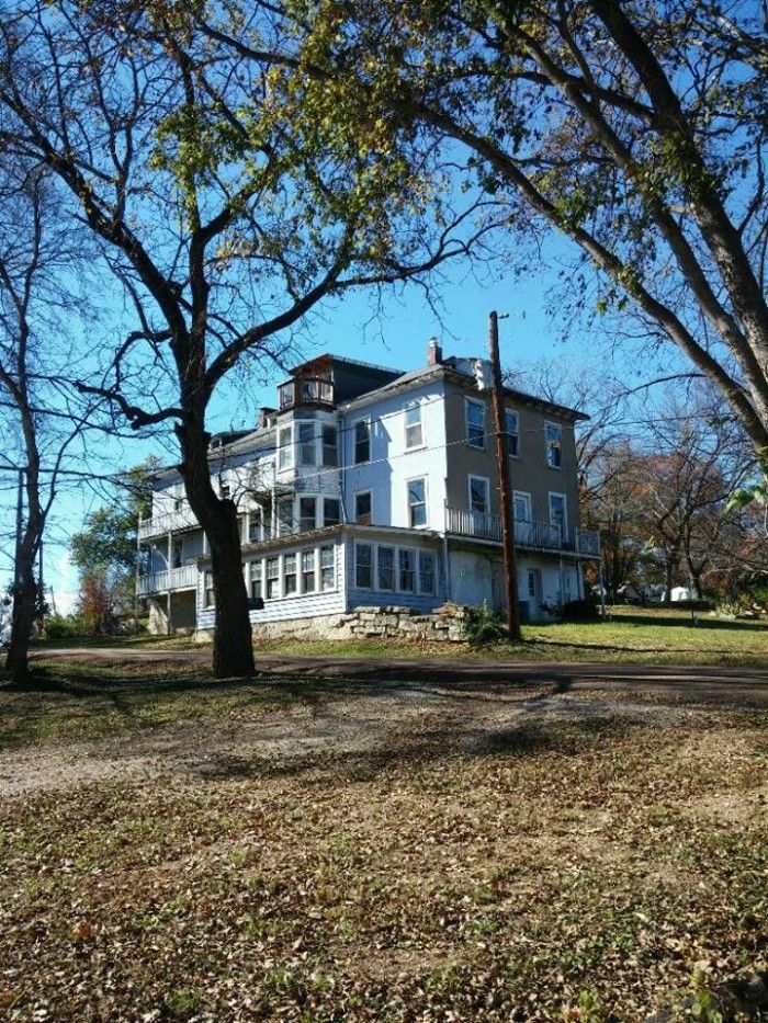 These 10 Haunted Hotels in Missouri Will Make Your Stay a