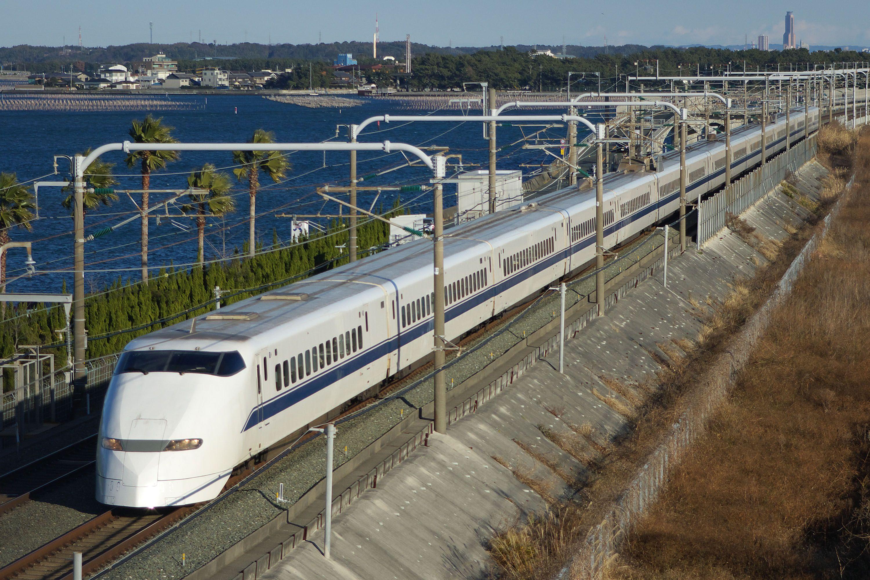 http://upload.wikimedia.org/wikipedia/commons/8/85/JR_Central_Shinkansen_300.jpg