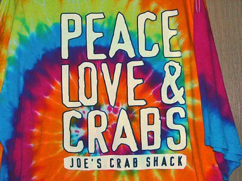 JOE/'S CRAB SHACK KIDS//YOUTH T-SHIRT-PEACE LOVE /& CRABS-RAINBOW TIE-DYE DESIGN
