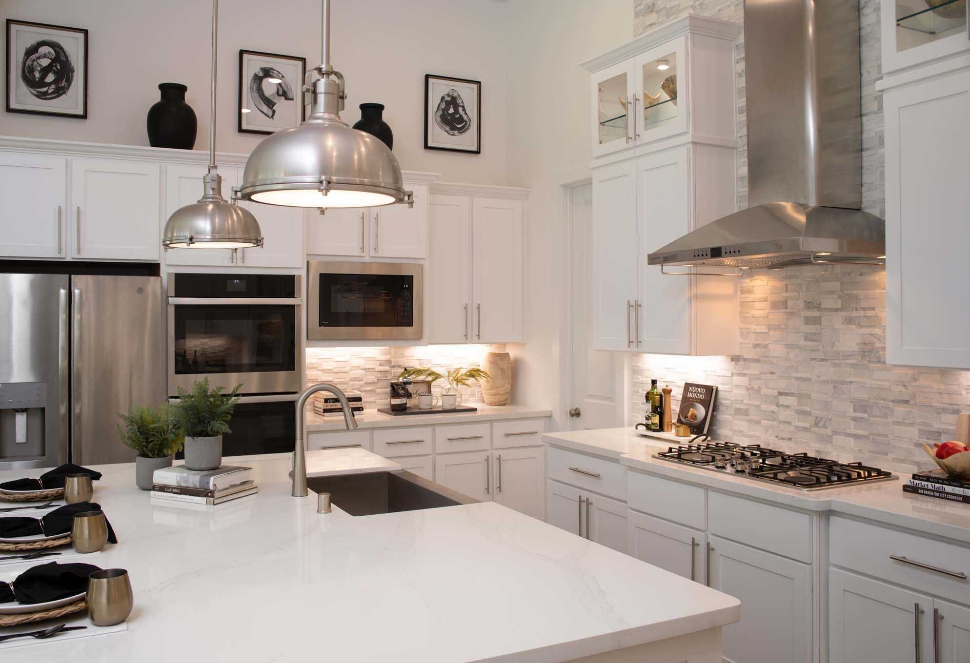 Highland Homes 272 Plan Conroe Tx The Woodlands Hills Community Kitchen New Home Builders Highland Homes New House Plans
