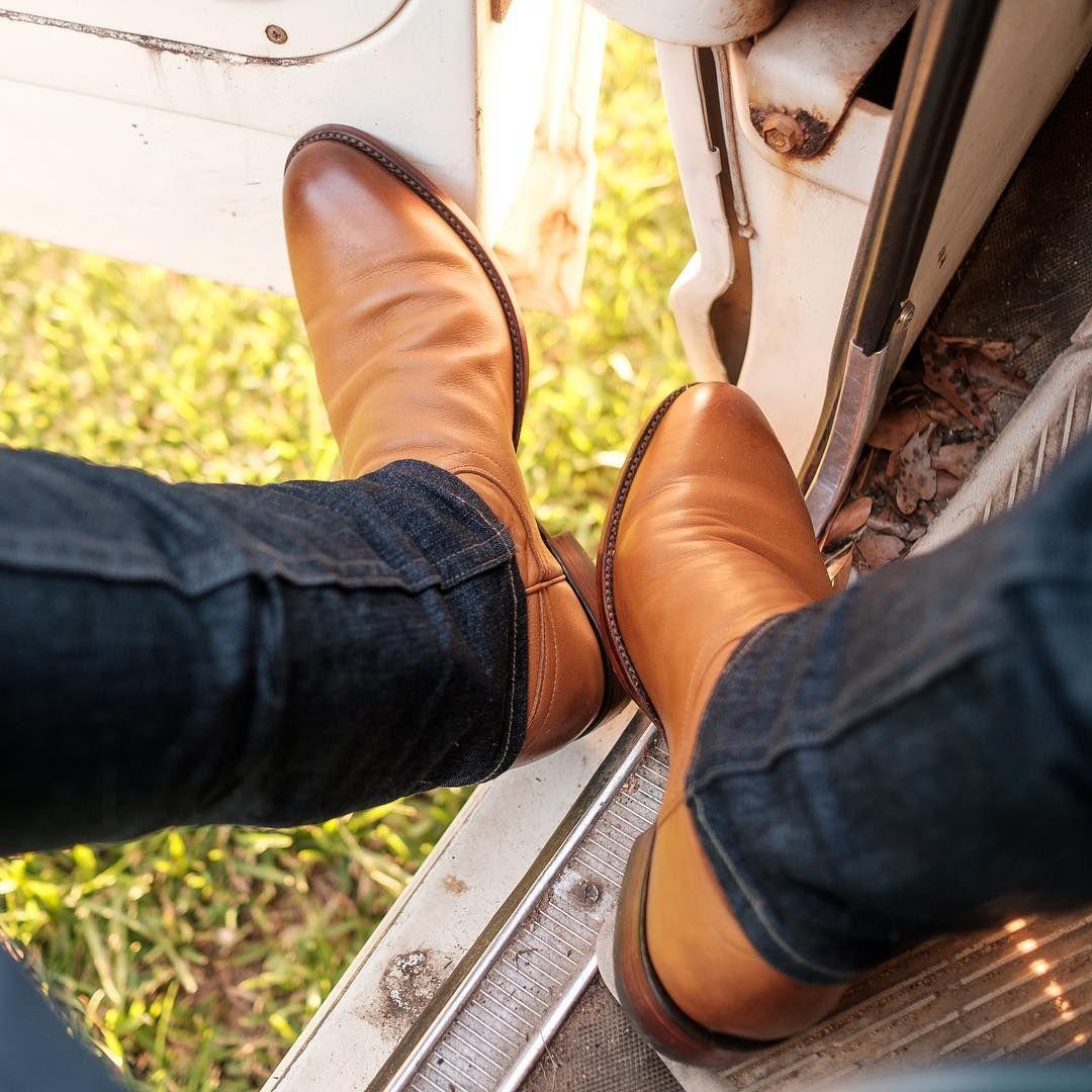 61d63590d1059b Simple Desert roper cowboy boots  tecovas The Earl
