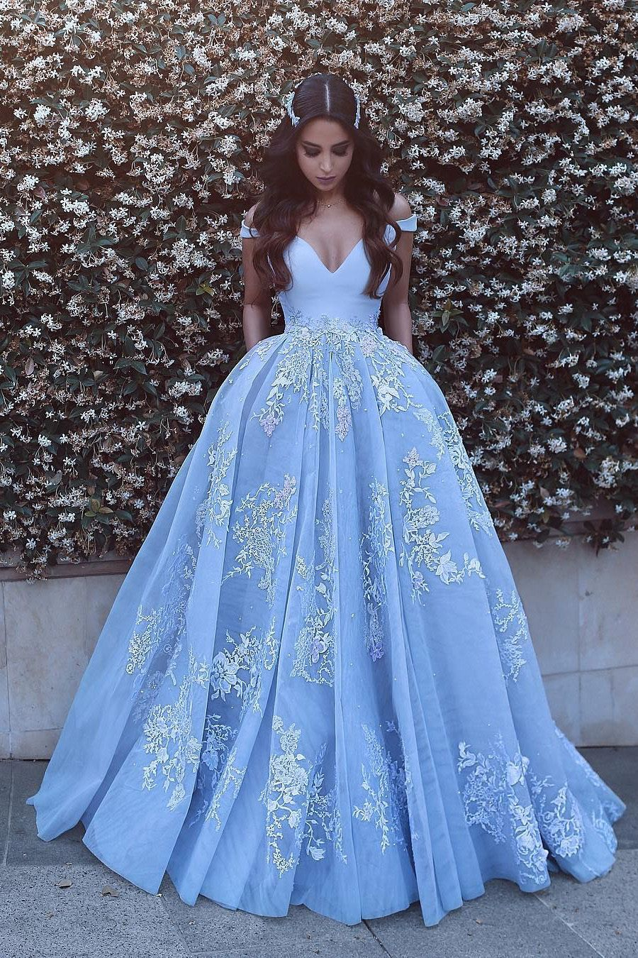 2019 Ball Gown Off The Shoulder Prom Dresses Tulle With Appliques US$ 289.00 BUKP6MA78NS