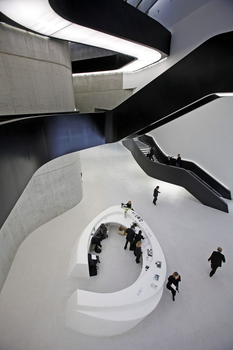 249 Maxxi National Museum Of Xxi Century Arts Rome Italy Zaha Hadid Architect 2009 C E Glass Steel And Cement Ap Art History 250 Art History Ap Art