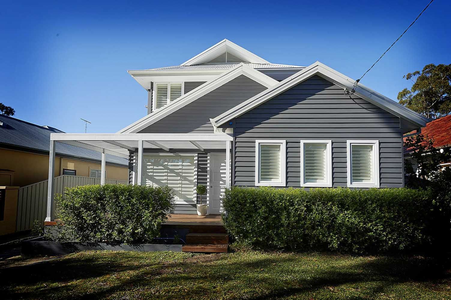 Weatherboard sycon linea jameshardie new house facade for Weatherboard house designs