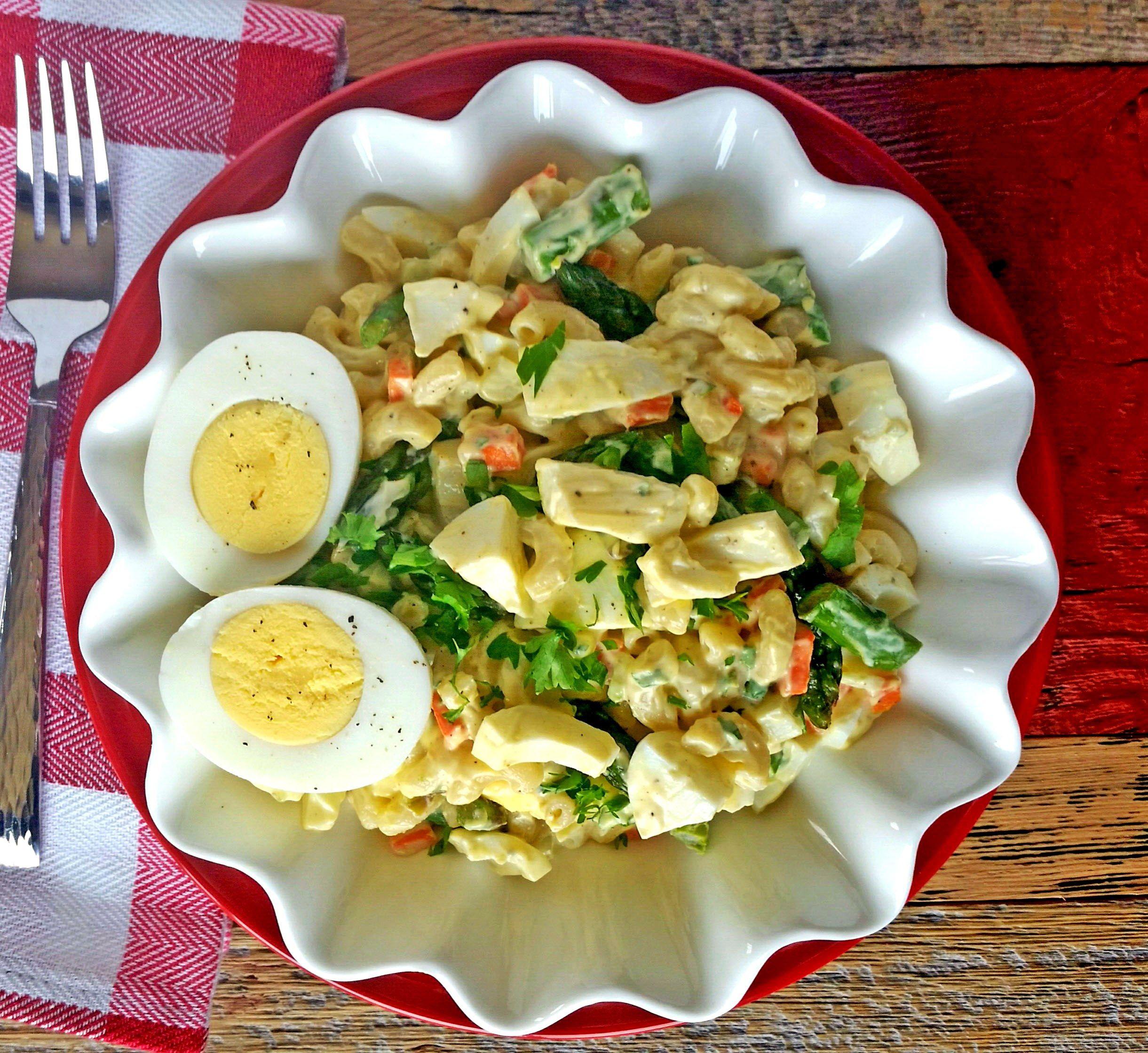 Asparagus And Chopped Egg Salad