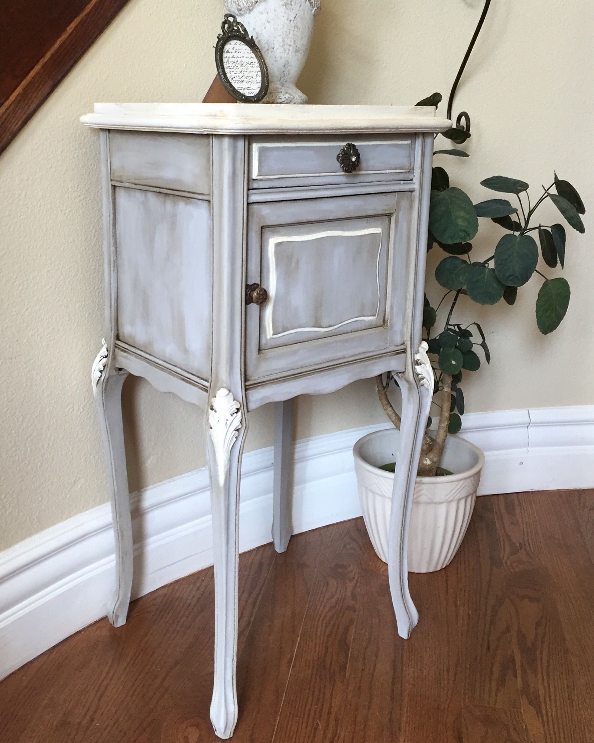 antique nightstand such nice long legs chalkpainted with folkart  - antique nightstand such nice long legs chalkpainted with folkart paintdark wax and
