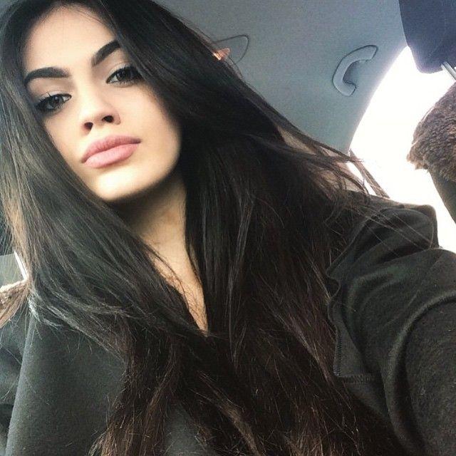 teen selfie hair Black girl